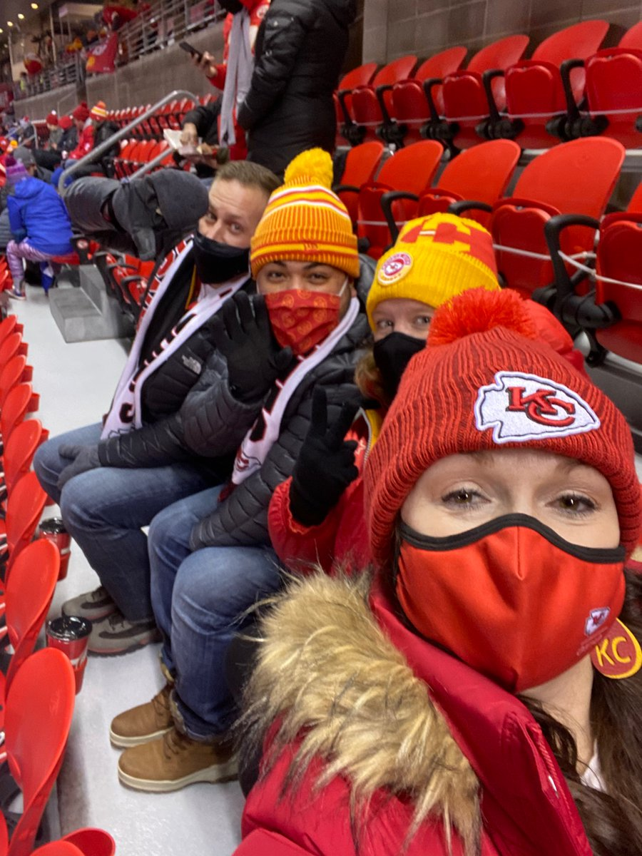 Go Chiefs!!!!  We got this!   #ChiefsBills #chiefsvsbills #ChiefsKingdom #KansasCityChiefs
