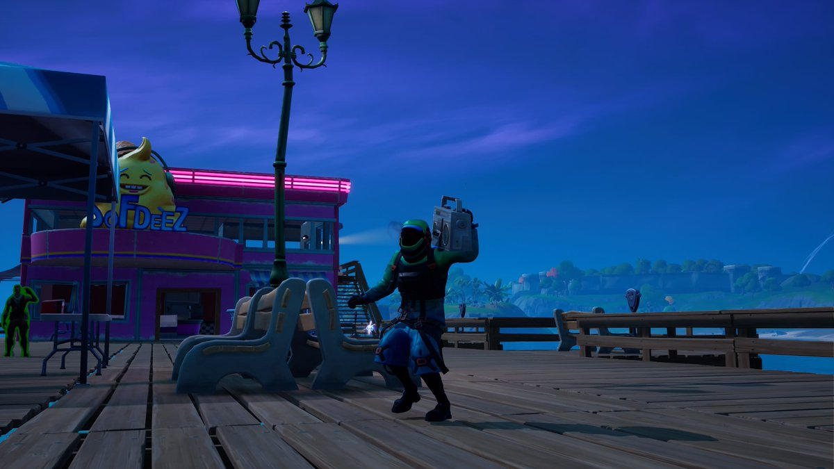 Kondor fortography! I really had fun taking them, and Sweaty Sands was the perfect place for it. I can show an amount of four images, so here they are! Hope you like them! #FortniteSeason5 #FortniteZeroPoint #Fortography #Fortnite #FortniteBR