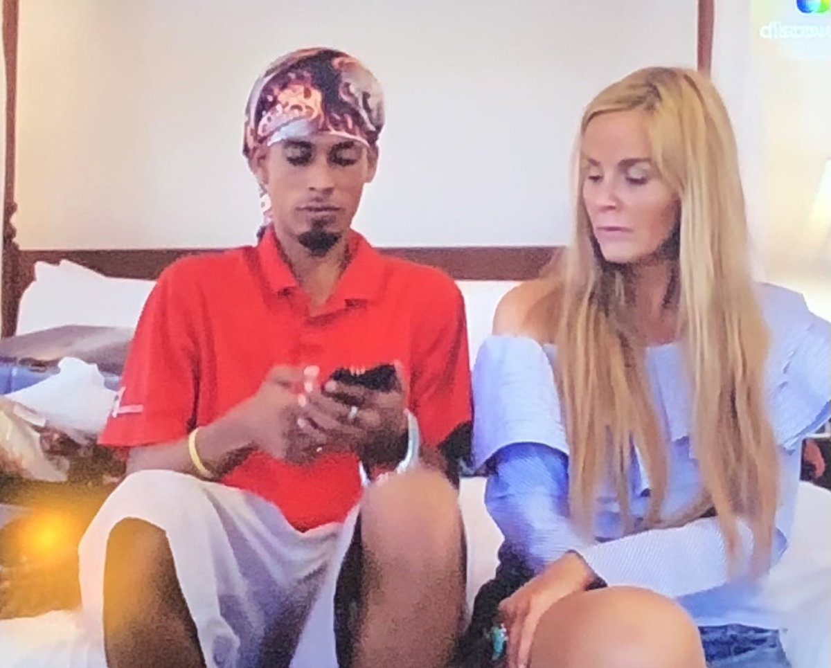 I remember when my mom went though my phone too...it sucks! #90DayFiance