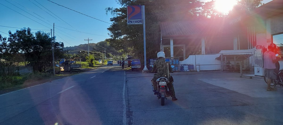 @pnpdpcr @pro1officialtw In relation to Provincial Director's Triple IMPACT Strategies, TMRU personnel of Banayoyo MPS conducted preventive mobile patrolling within AOR. #PNP #IlocosSurProvincialOffice #IlocosSur #GovRyanSingson #PBGENRodolfoAzurin #PNPChiefDeboldSinas