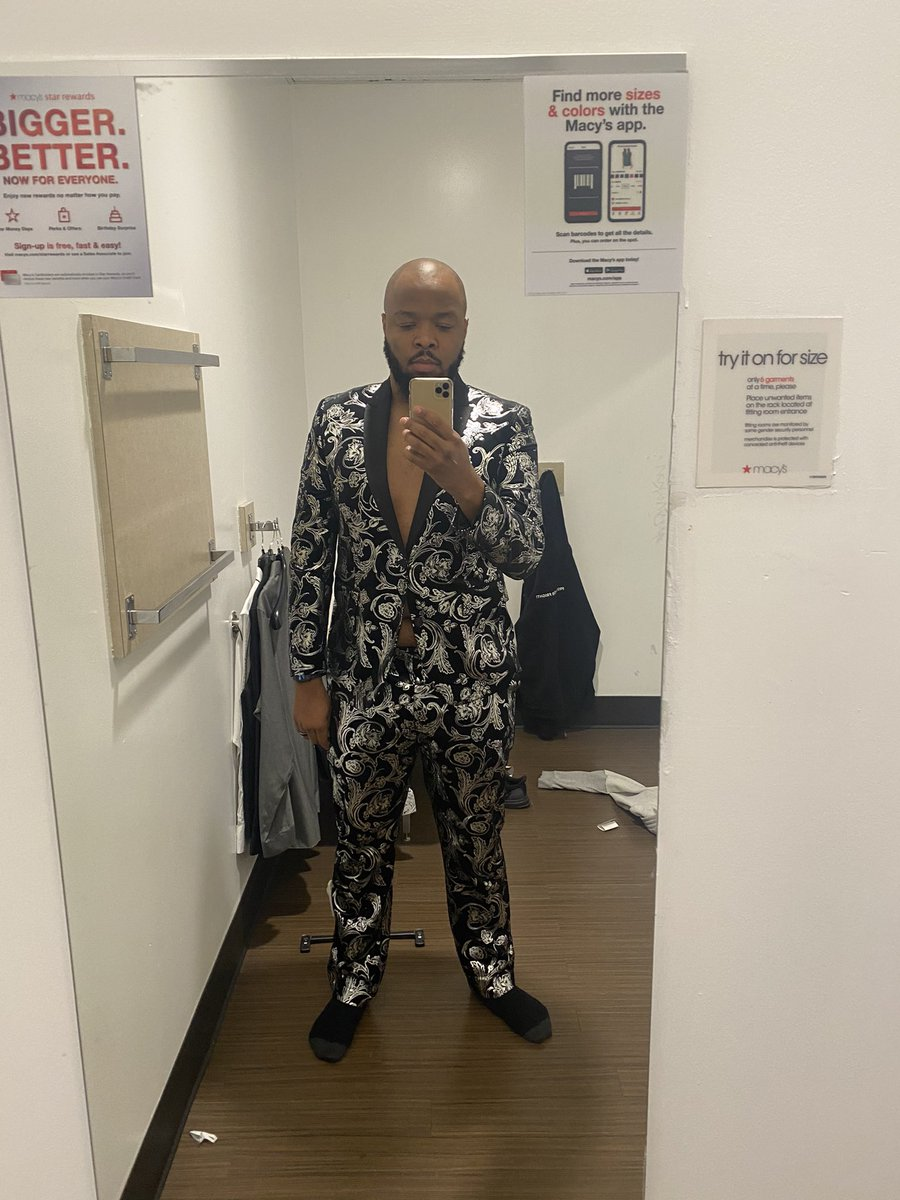 Listen finna kill em in this new suit when the world open back up in 2038.