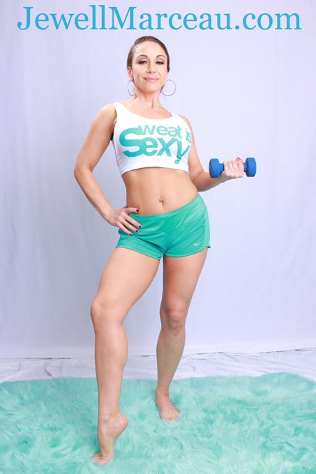 New update just added2 https://t.co/VNANQk2X6E! If u have a #FitnessFetish cum check it out! Celebrating