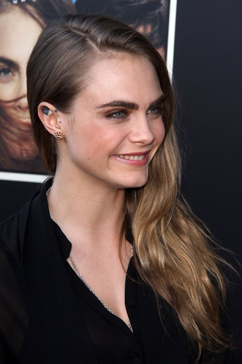 Cara Delevingne attends A Special Event for the feature film 'PAPER TOWNS'. Photo edited by AirBrush App. A tutorial about how to do this photo editing:   #CaraDelevingne #photography #photo #beauty