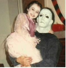 #michaelmyers #HorrorMovies #Flashback #actress #BehindTheScenes Danielle Harris with Uncle Mike.