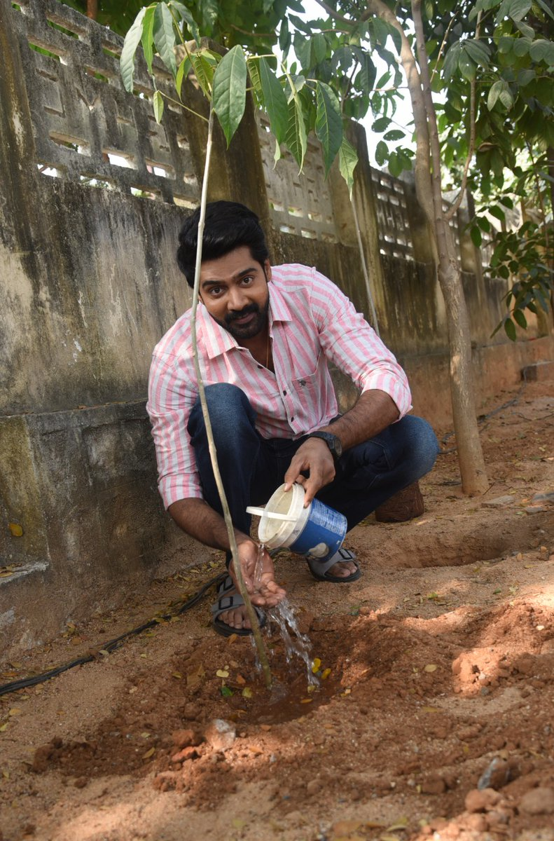 I've accepted #HaraHaiTohBharaHai #GreenindiaChallenge   from @Rajaraveendar Planted 3 saplings. Further I am nominating @dhanushkraja @salonyluthra @23_rahulr @iChandiniC  to plant 3 trees & continue the chain..special thanks to @MPsantoshtrs for taking this intiate