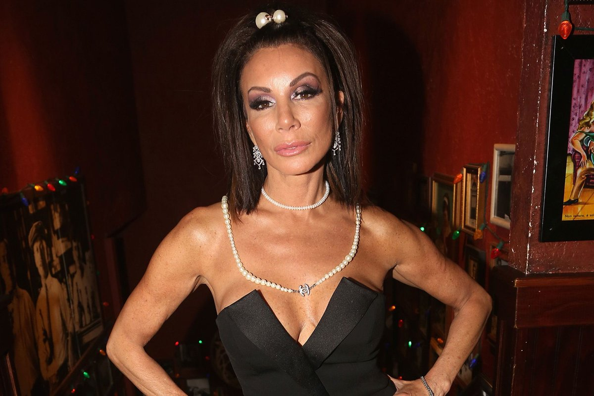 Danielle said she'd NEVER come back to #RHONJ, but does that mean we're gonna get her on #RHONY @Andy ?!?