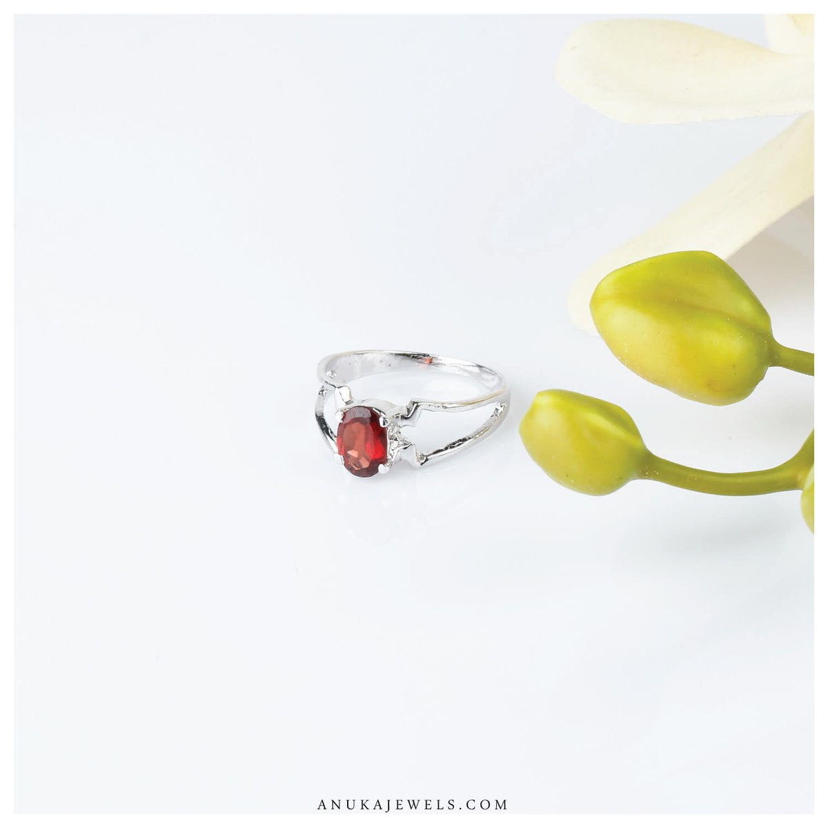 Uniquely designed silver garnet ring. Make a call now : 7300044750 OR Shop at  #Jewelry #Birthstonejewelry  #Garnetjewelry #Beauty #Silver #Style #Garnetring #Anuka #Gemstones #Silverring #Online #Shop #Ring #January #Shopbybirthstone #Redring #Offers