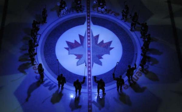 Tough Loss at the Buzzer! Revenge will be that much sweeter Tuesday! 4-2-0 #GoJetsGo
