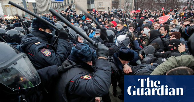 Navalny protests: EU to consider 'next steps' after Russia carries out mass arrests Photo