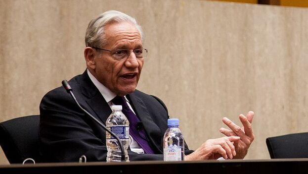#VIDEO: #Tips from #BobWoodward on #Investigative #Journalism / Bob Woodward explains the three ways #journalists get their #information and comments on the future of in-depth journalism in the digital age  via  @YouTube