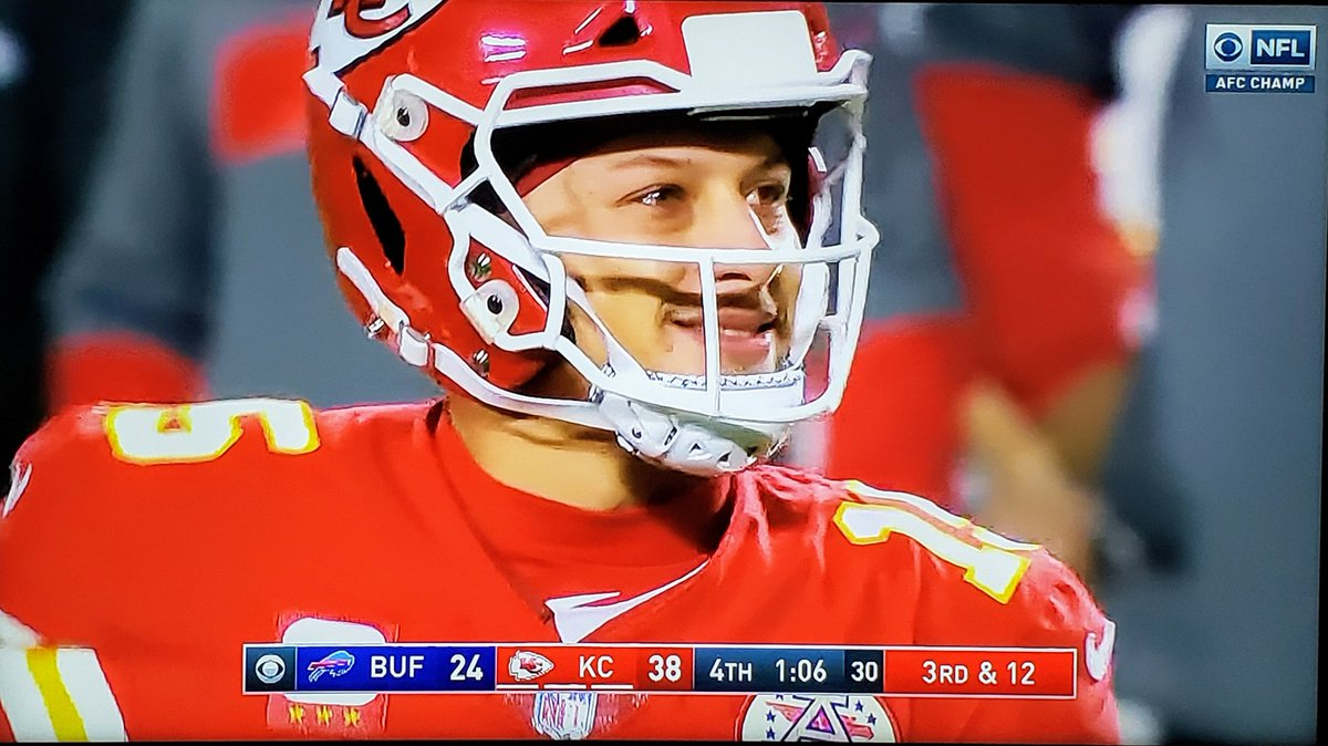 @PatrickMahomes @Chiefs THIS SMILE IS EVERYTHING! 👇🏼 #Mahomes #RunItBack So PROUD of ALL my #Chiefs! Ain't no kingdom like #ChiefsKingdom! 🙌🏼🎉