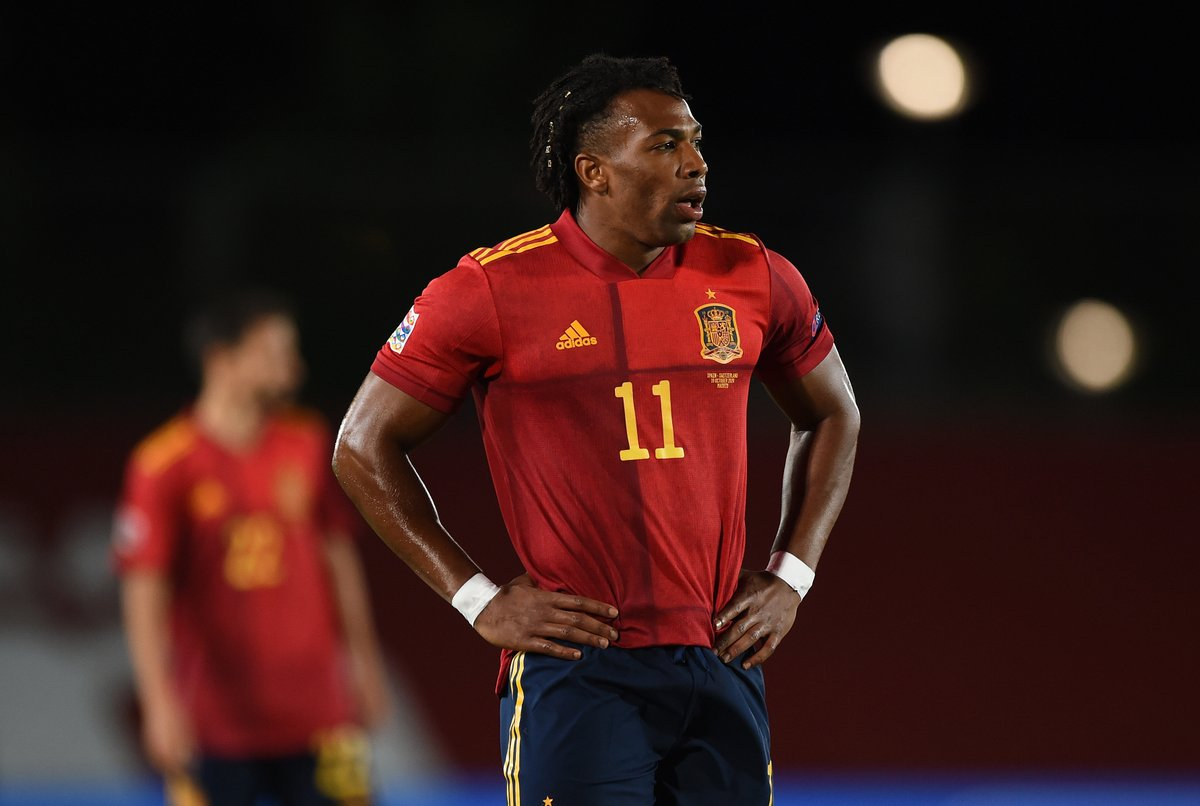 🇪🇸 Adama Traoré is 25 today 🎈  Spain's breakout star at #EURO2020❓   #HBD