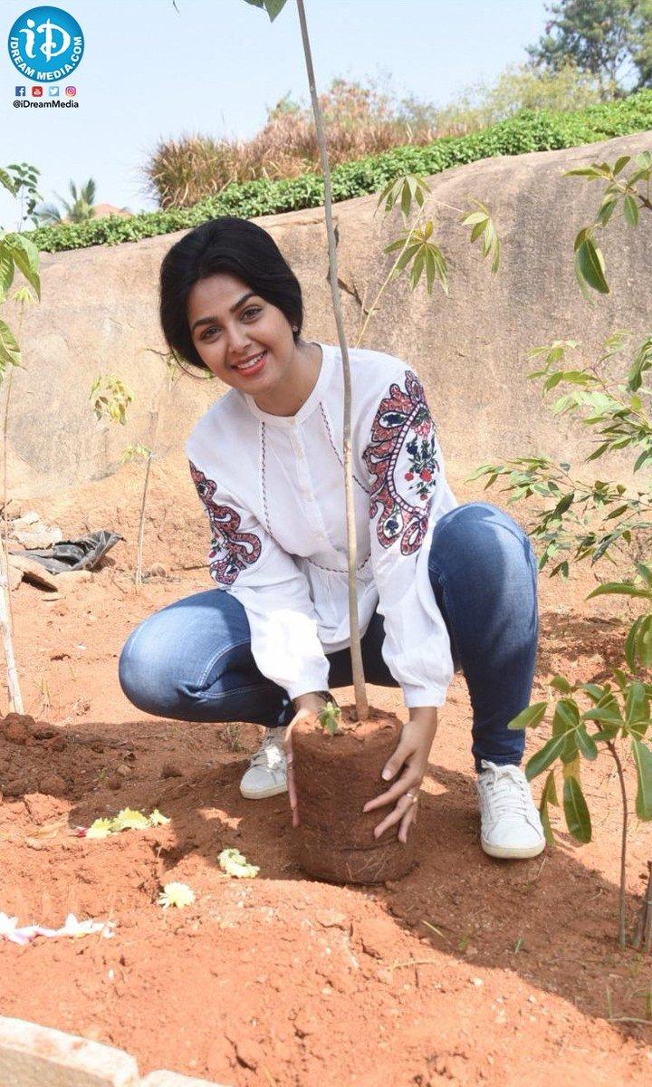 Actress @Gajjarmonal accepted #GreenIndiaChallenge and planted saplings !!  #MonalGajjar #TollywoodActress #iDreamFilmNagar   Subscribe To