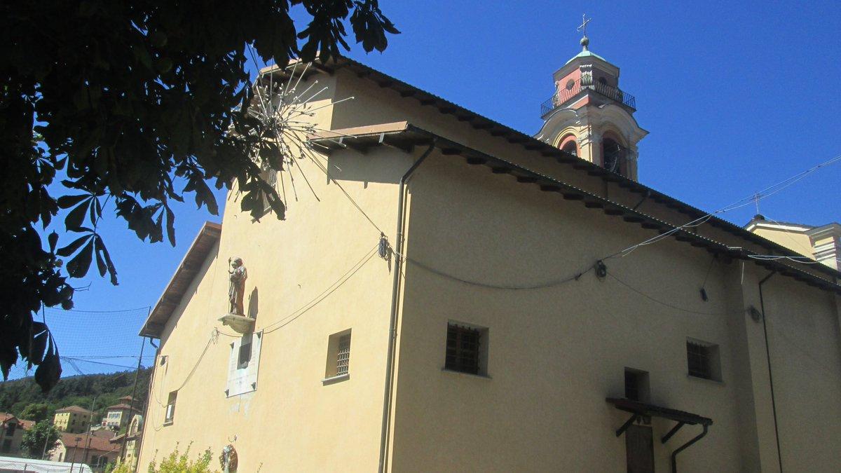 Abside della chiesa di Santa Maria Assunta a #BorgoFornari – frazione di #RoncoScrivia  #Liguria #discoverCMGe #churches