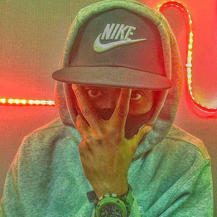 Replying to @thisisFecko: S/O my day zero G @TeckZilla108. Producer/DJ extraordinaire! 🙌🏽