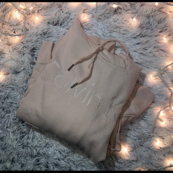 So good I had to share! Check out all the items I'm loving on @Poshmarkapp from @bigmg41 #poshmark #fashion #style #shopmycloset #calvinklein #karenscott: