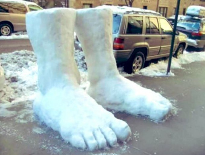 Wow!! We've had two feet of snow here today!! 😲 https://t.co/rHVHCsKwbR