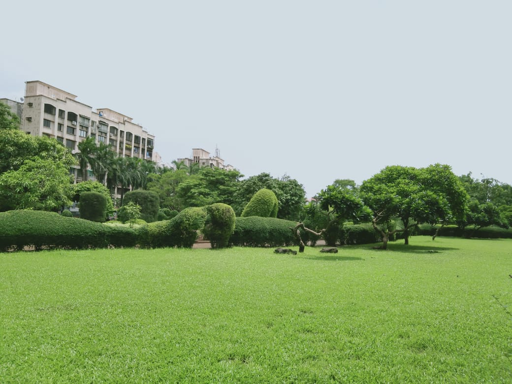 Ever witnessed a lush green garden surrounded with 30000+ tress right in the heart of Mumbai?  Bhakti Park Garden, a beautiful landscape with a Japanese style garden and topiary work, is one of @mybmc's hidden gem.   #NationalTourismDay