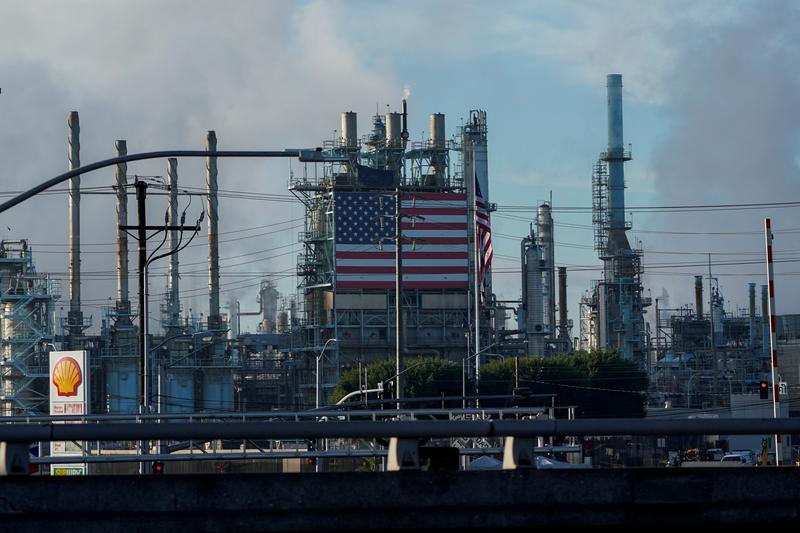 U.S. oil refiners set for worst earnings quarter of the pandemic https://t.co/bI49sNSFYZ https://t.co/w2wDAUkiBR