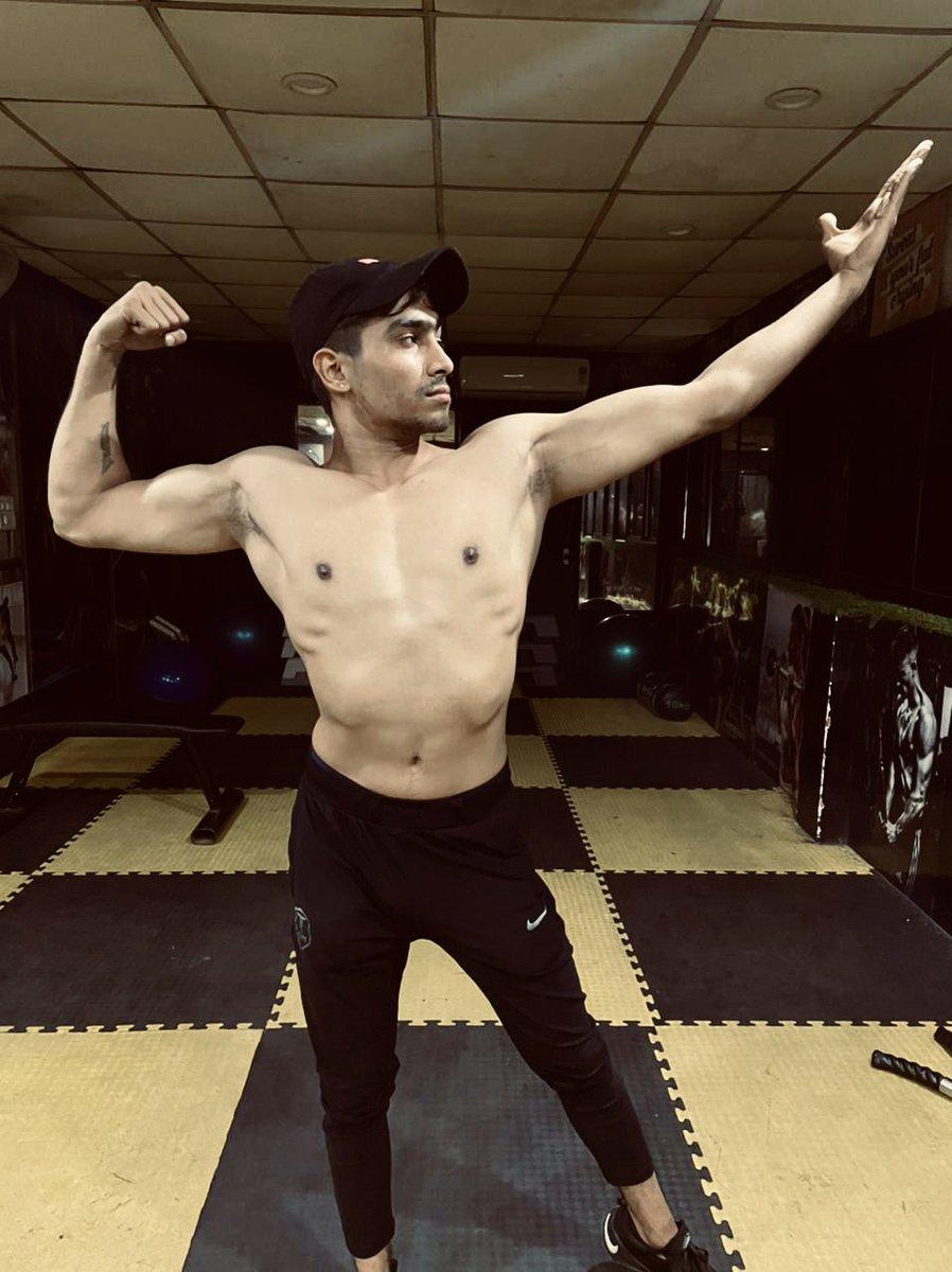 Believe in yourself and you will be unstoppable. 💪 #khanna_11 #fitness_khanna #fitness #fit #fitnessmotivation #model #modellife #gym #gymmotivation #gymlife #gymnastics #gymshark #gymrat #gymtime #gymselfie #gymnast #gymlove #gymaddict #gymlifestyle #gymflow #gymfreak #fitness