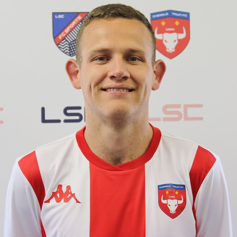Happy Birthday to @CheadleTownFC legend and all time top goalscorer Ben Brooks [@1987LaurenH]. Look forward to seeing him back at Park Road Stadium soon. 🔴⚪️ #WeAreCheadle #Legend