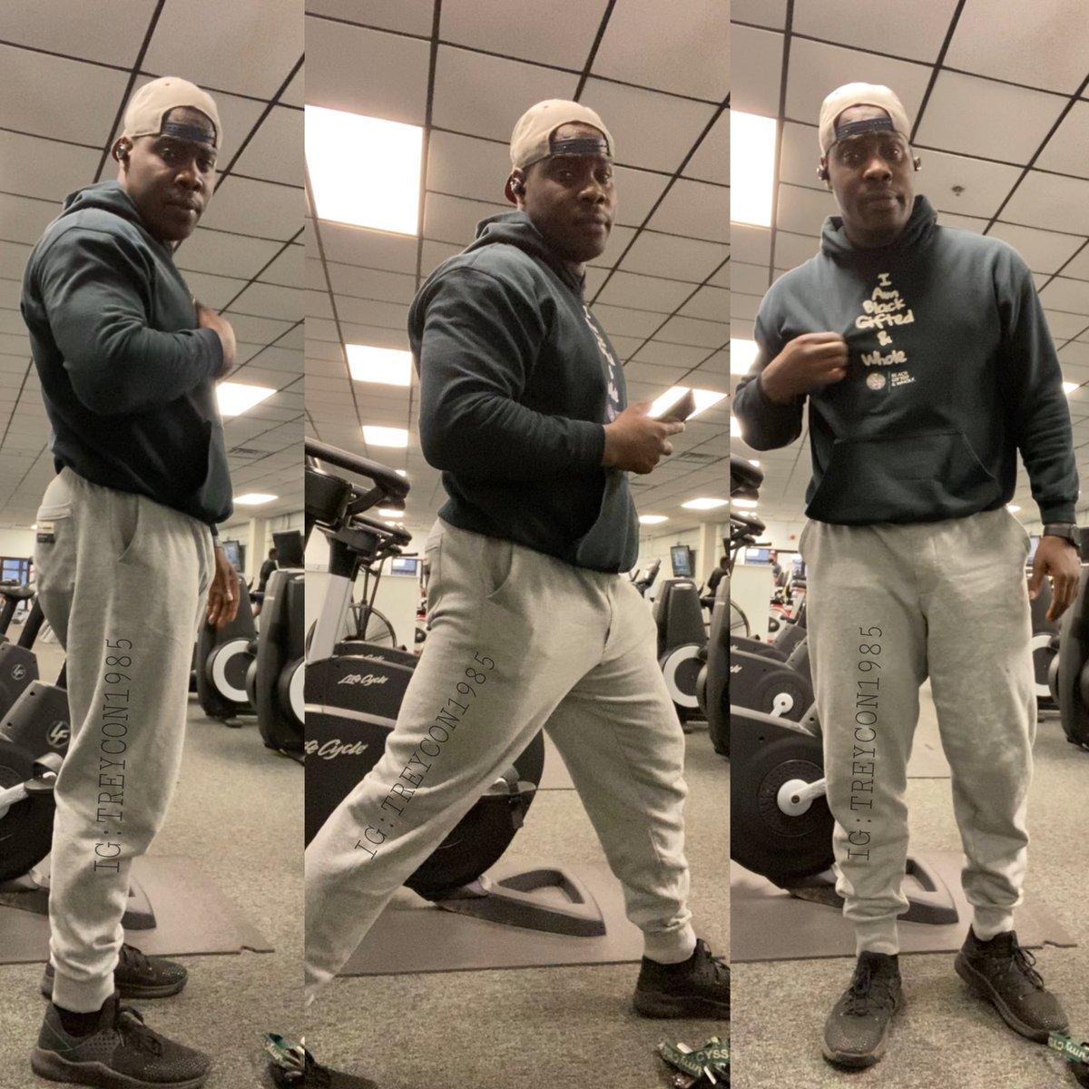 Accountability photo. Fasted cardio complete! #onedayatatime #trusttheprocess #melanin #fastedcardio #summerbody #treysfitnessworld #belikebamboo