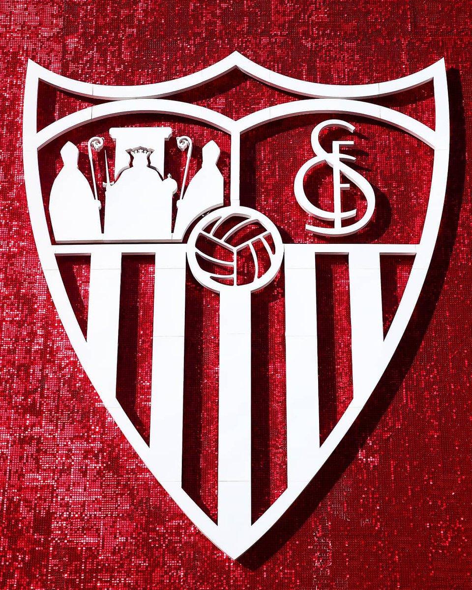 🎉 ¡Hoy celebra su 1⃣3⃣1⃣ aniversario un gigante de España y de Andalucía!  ¡Felicidades @SevillaFC! 🎂  ¿El mejor momento de la historia del club? 🤔  #UCL