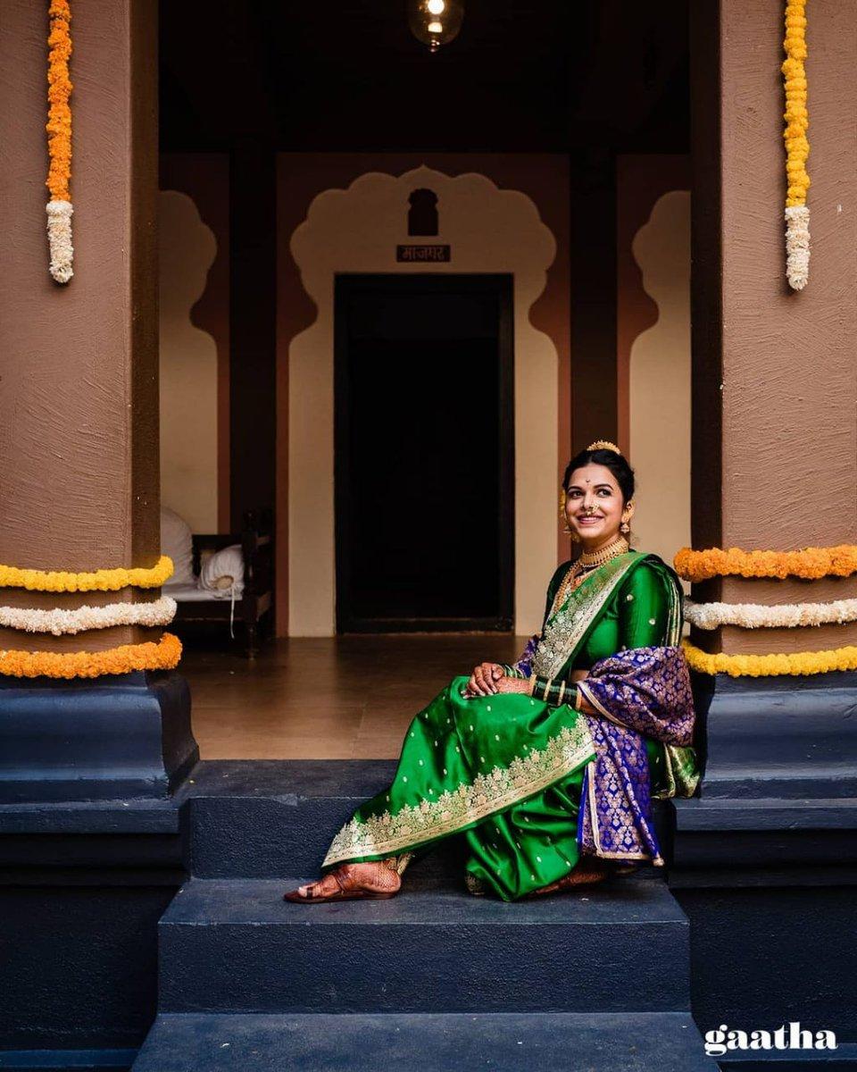 लागले हार तुरे दारी.... सजला शृंगार लग्नघरी...  सौ. मिताली सिद्धार्थ चांदेकर... . . . #MithaliMayekar #tinypanda #marathi #television #love #wedding #marathiwedding #bestoftheday  #newlymarried #instagram #amazing #swag #beautiful #celebrity #fashion #happy #followme #repost