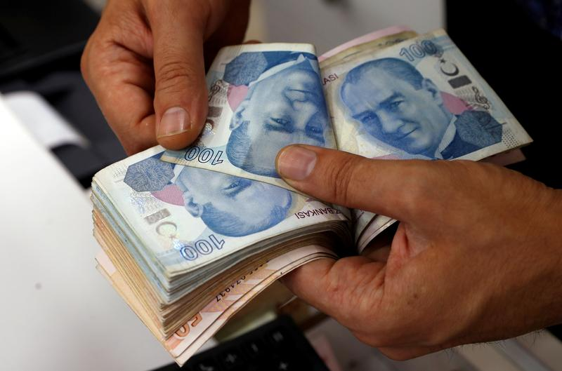 Analysis: Foreigners suspend disbelief, edge back into Turkish markets https://t.co/Ket2bFPQw2 https://t.co/cLUaYxunje