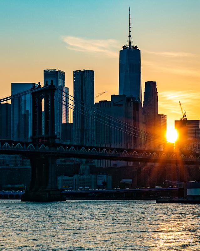 Shine bright. Have a safe week, everyone! #sunset #nyc #NewYorkCity