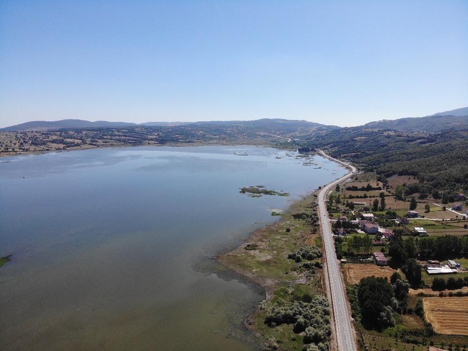 Samsun'da baraj ve göllerde doluluk oranı yüzde 10 azaldı: Samsun'da baraj ve göller toplamında geçen yıl yüzde 64,6 olan aktif doluluk oranı, bu yıl aynı dönemde yüzde 10 azalarak yüzde 54,6 olarak kaydedildi. Devamı için tıklayınız https://t.co/H8iR9ZeHjd https://t.co/UWZihd7f0e