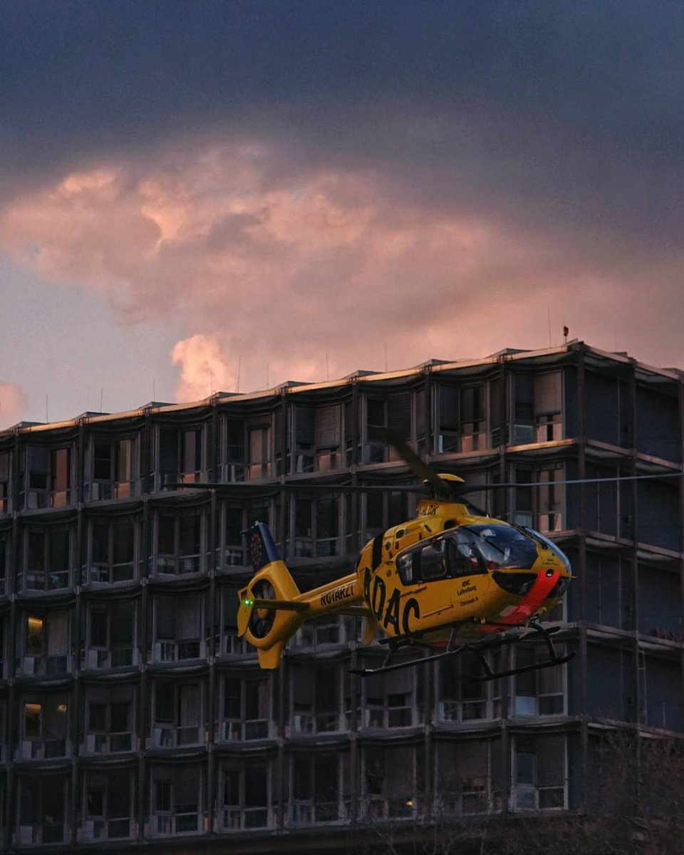 Helicopter  #Berlin #photography #photooftheday #ThePhotoHour #germany #deutschland #dailyphoto #sunset #helicopter