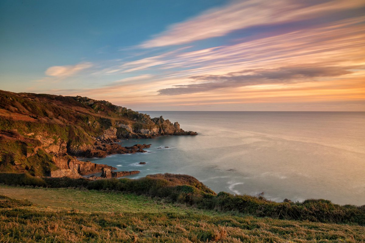 Missed out on the snow this weekend, but got a lovely coastal walk in this weekend.  #cornwall #porthluney #caerhays #sunset