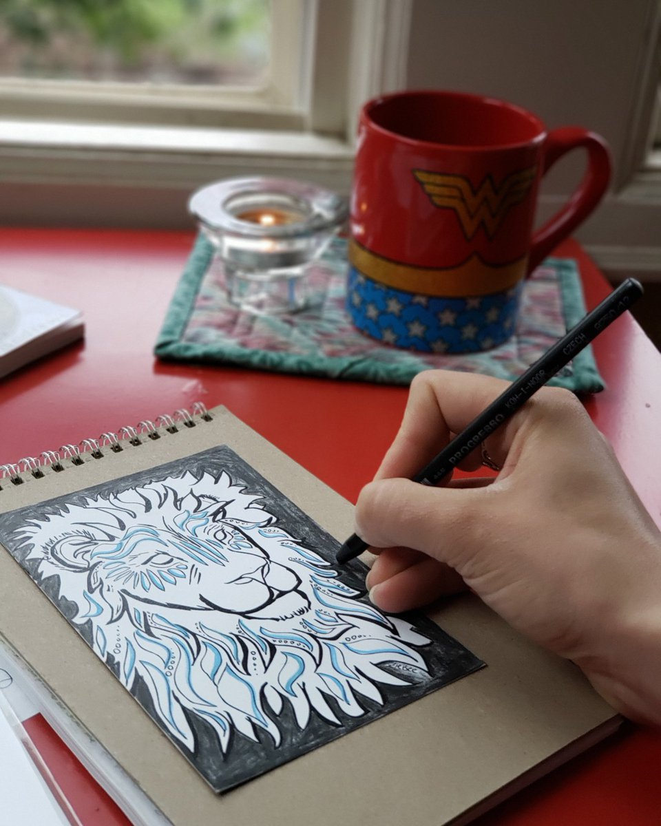 Every Monday, I start the day with 15 minutes of coloring. This helps me process through the To Do List in my mind, so I can more effectively use my time.   Want to give it a try? Visit 👉 for supplies.   #mondaymotivation #lifetools #coloring #colortime