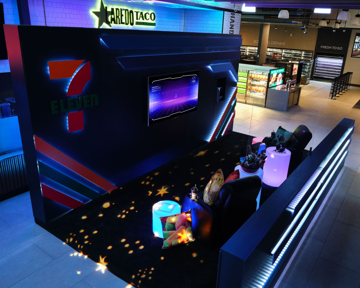 This 7-Eleven store got a gaming makeover, and I want to spend the night theverge.com/tldr/22248396/…