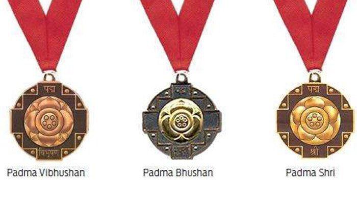 From Maharashtra, Rajnikant Devidas Shroff has been awarded the PadmaBhushan in Trade & Industry. Congratulations to him. Many congratulations to Sumitra tai Mahajan, Nripendra Mishra ji for this recognition. #PadmaAwards