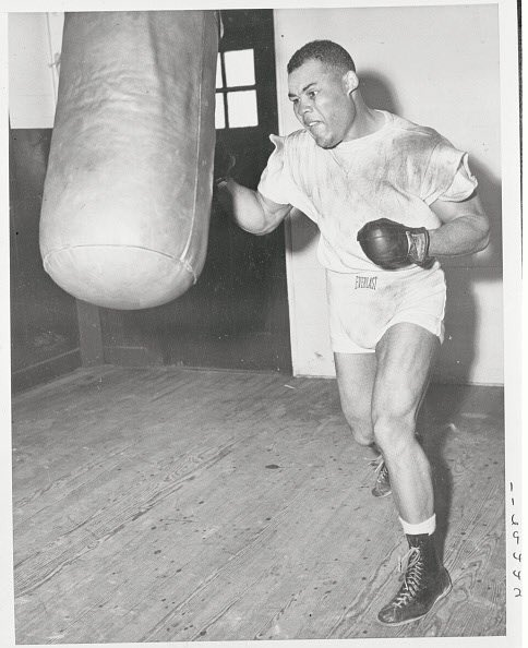 """🗣""""There is no such thing as a natural boxer. A natural dancer has to practice hard. A natural painter has to paint all the time. Even a natural fool has to work at it."""" -Joe Louis #mondaymotivation #boxing"""