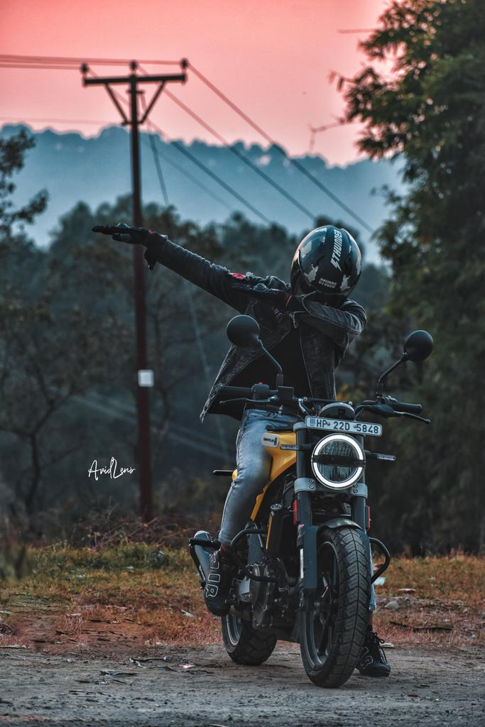 No Maps, No Plans, No GPS, No Rules. JUST RIDE! @orav_2709  #orav_2709 #kulbhushan_dhiman  #kulbhushan  #dhiman #Saurav_sisodia   #instagood #instagram #instadaily  #instapost  #20likes #like4likes #bike #Riders #instago #followme #nature #life #instagramers #ArtistOnTwitter