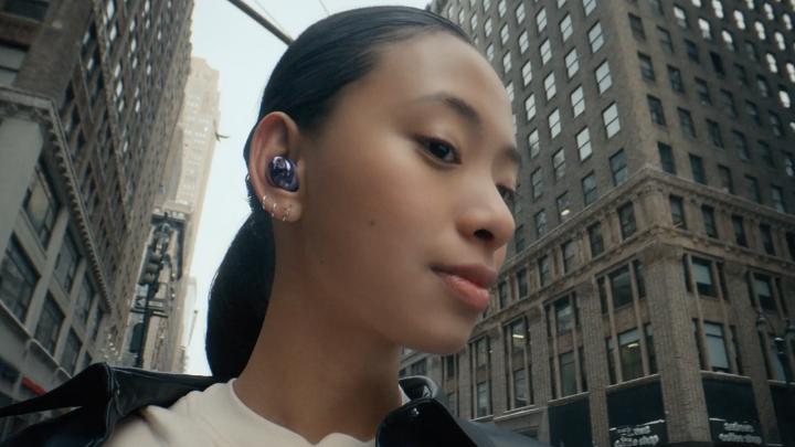 Découvrez les nouveaux #GalaxyBudsPro avec une technologie supérieure pour profiter d'un son immersif. #SamsungUnpacked En savoir plus sur :