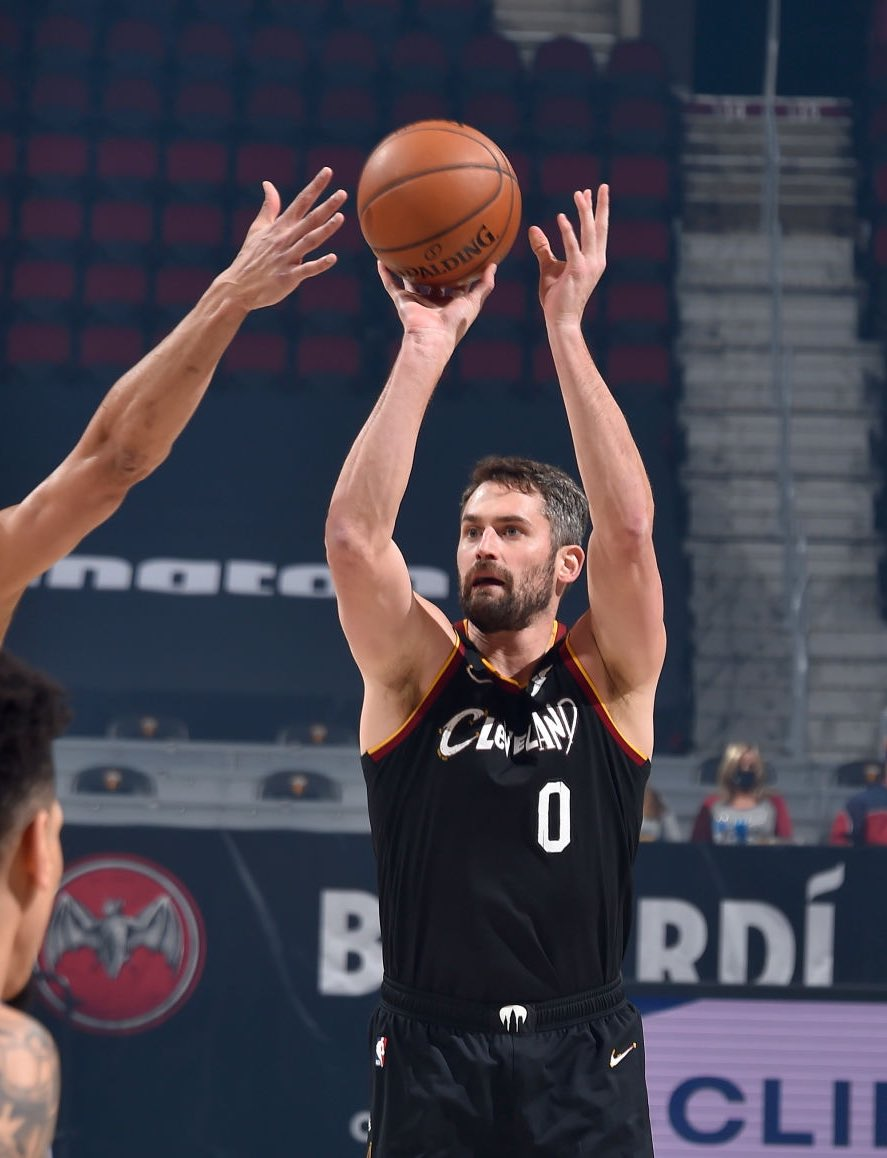 The Brooklyn Nets have shown interest in Kevin Love, per @JDumasReports