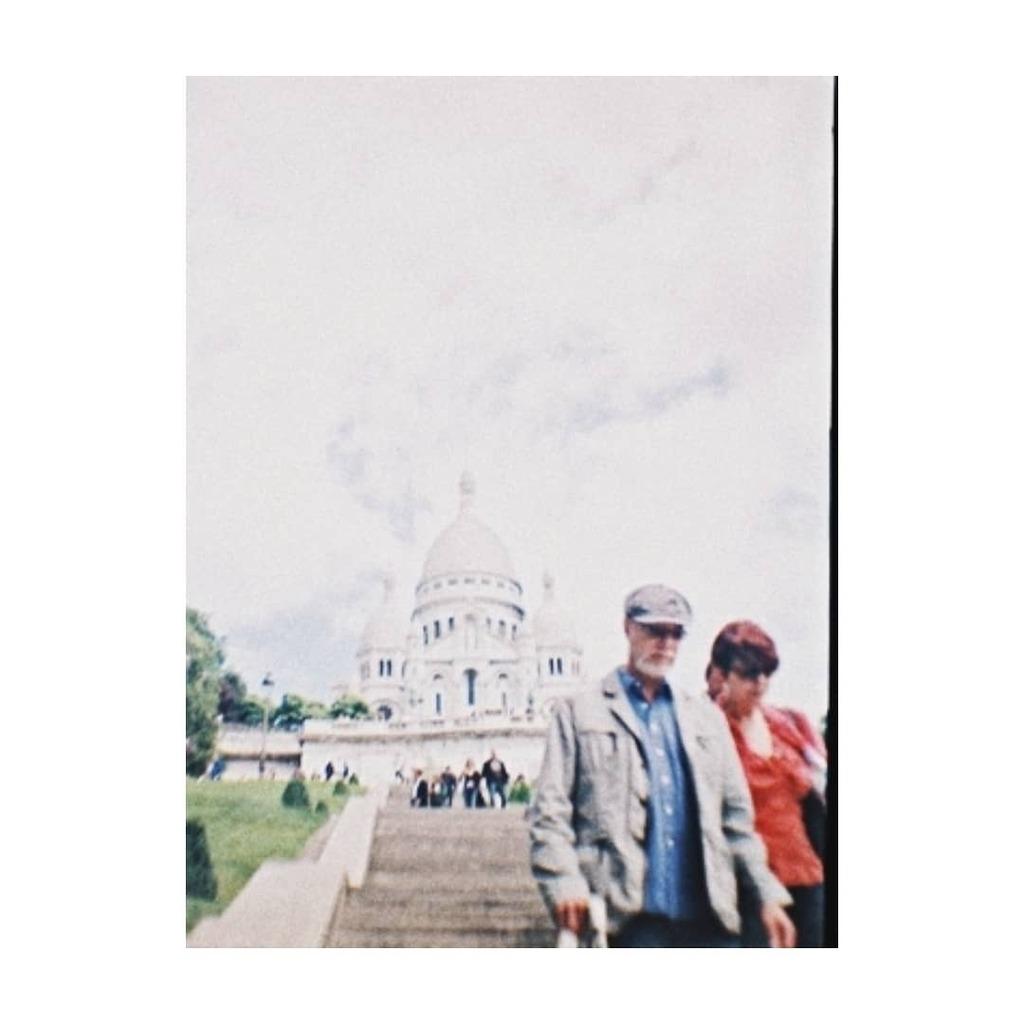 París/2010/film.  #2010 #París #Francia #France #SacréCœur #Montmartre #museum #roadtrip #travel #traveler #travelphotography #art #culture #tourism #lonelyplanet #holidays #vsco #vscocam #lomo #dianamini #film #filmphotography #ishootfilm #fi…