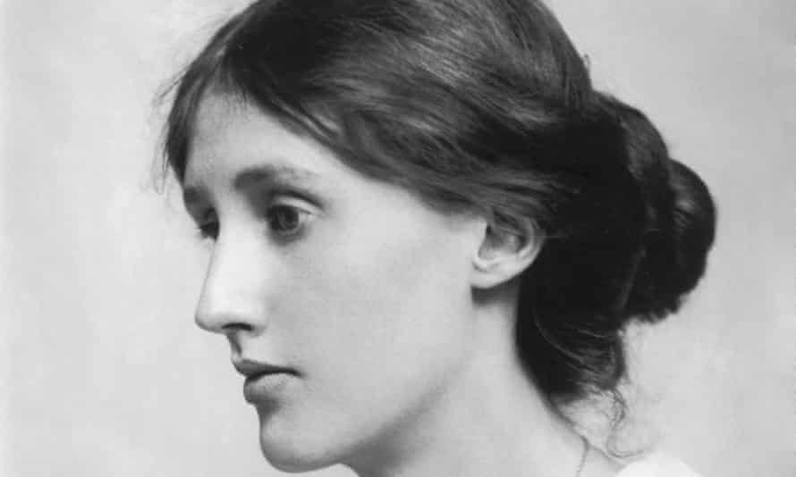 """""""Growing up is losing some illusions, in order to acquire others."""" #VirginiaWoolf, eminent #BritishAuthor & a powerful exponent of Interior Monologue, was born #OnThisDay in 1882. #Novelist. #happybirthdayVirginiaWoolf !"""