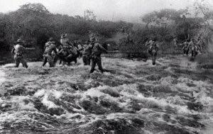#OnThisDay 1928 Marines participated in the Battle of El Chipote, Nicaragua. (Photo: Marines crossing River on patrol in Nicaragua) #USMC #SemperFidelis #DevilDocs #DevilDogs #Marines