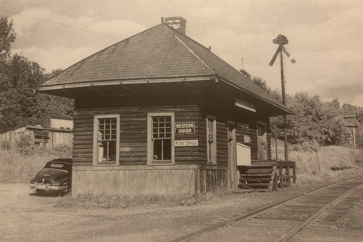 On this day in 1878, the Merrickville post office was transferred to Franklin Depot. The picture of the Merrickville station/post office is from the book Milk Cans, Mixed Trains and Motor Cars by Robert Mohowski. #trainmuseum #onthisday #FranklinNY #franklinhistory