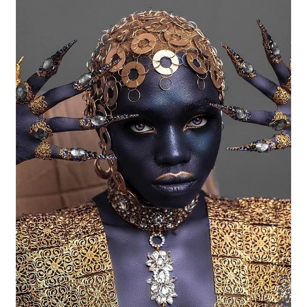 Monday Monday, who's the most audacious of them all? 🔥🔥 (📸: @KanaizaKanaiza )  #actorslife #MondayMotivation #ArtistOnTwitter #Africa #rizzulenation #africanarts #BLACKPINK #avondklokrellen