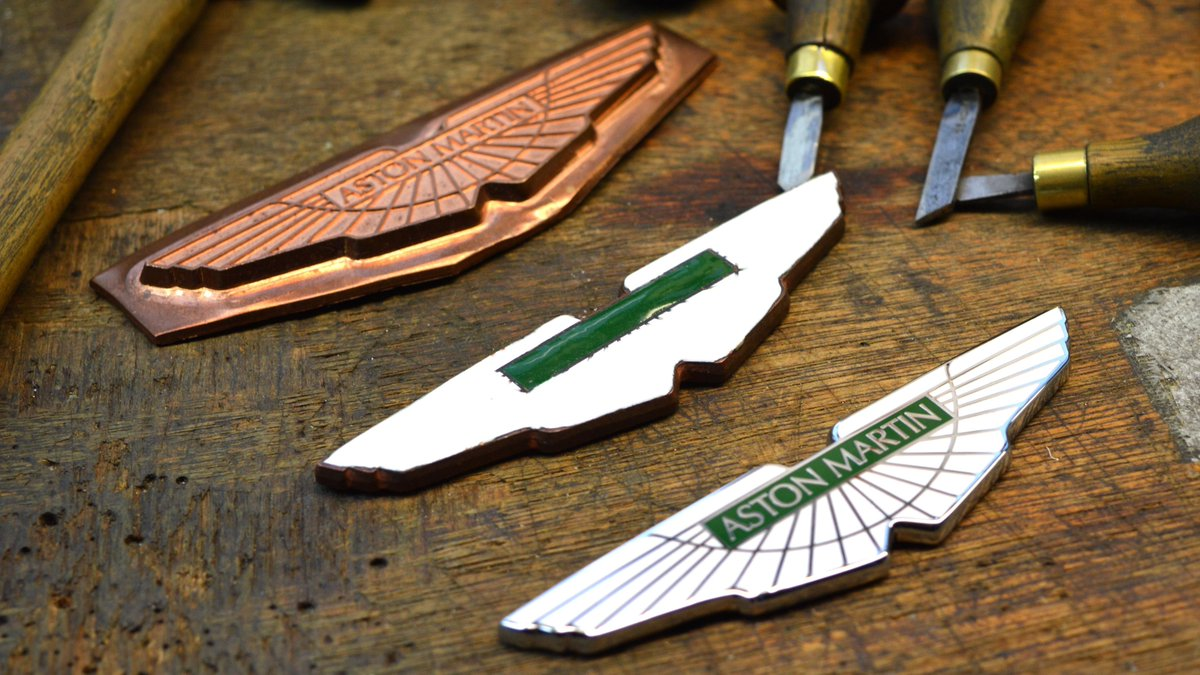 Creating the Wings.  Established in 1819, and based in Birmingham's Jewellery Quarter, Vaughtons hand craft the famous Aston Martin Wings for every car we produce.  📸@Vaughtons  #AstonMartin https://t.co/ZxDsxtSCs1