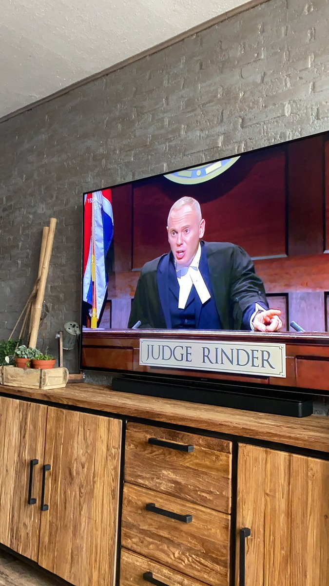 It's that time again!!! @RobbieRinder #judgeRinder https://t.co/NQ08mjMui9