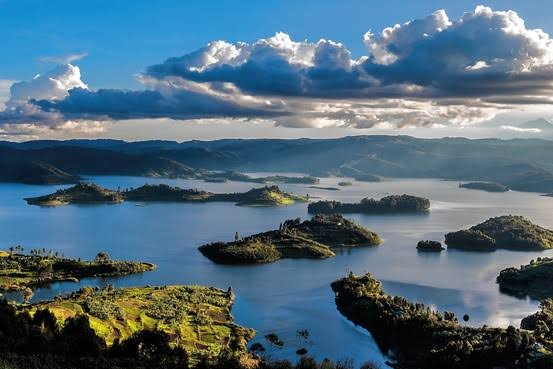 Uganda is a beautiful country located on the equator with lovely weather, sweet tropical fruits, friendly people. #VisitUganda to trek the infamous mountain gorillas, go on a safari, see waterfalls and explore Kampala city  #uganda #takeonthepearlofafrica #TravelTheWorld #africa
