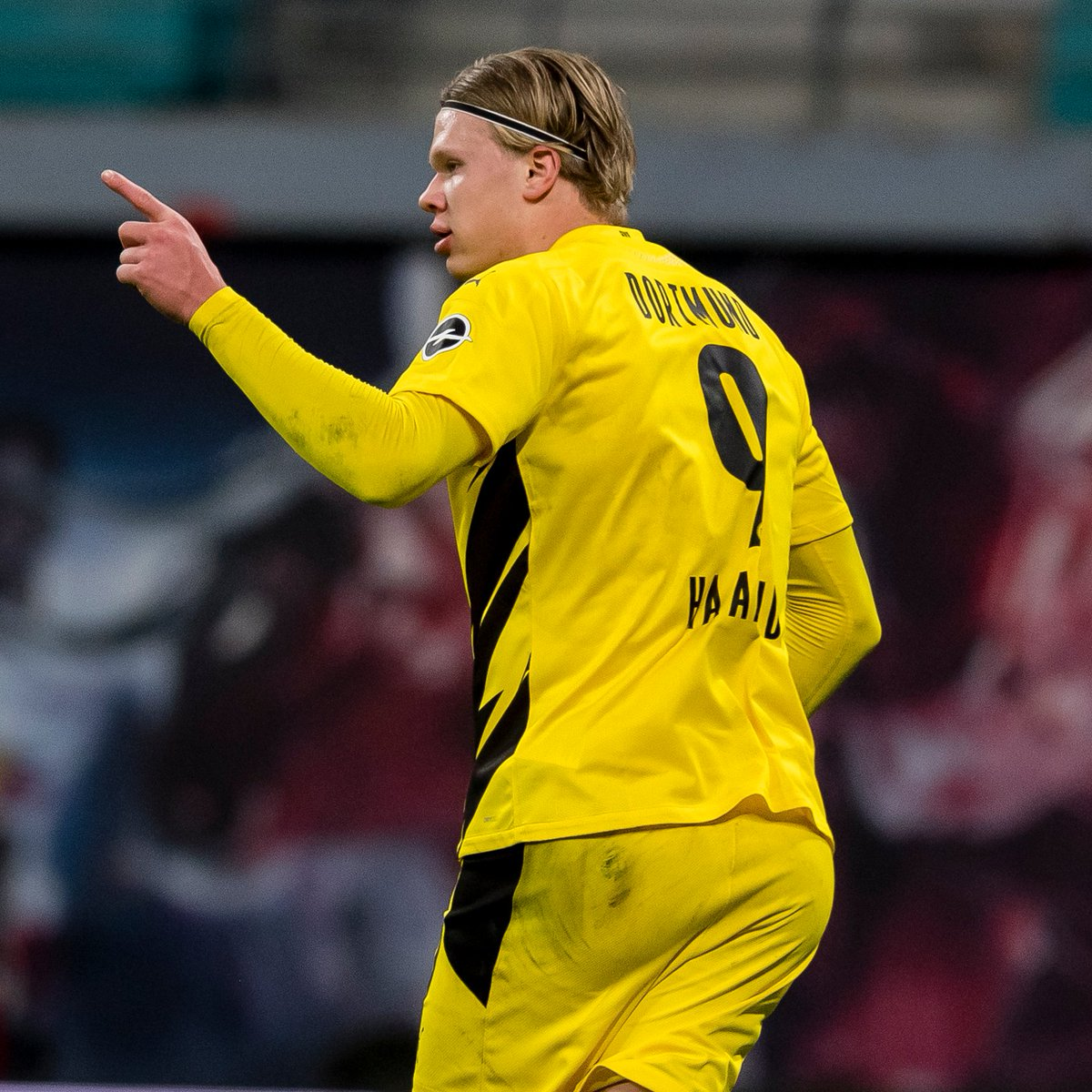 🖤💛 Erling Haaland has now scored 37 goals in 37 games for Dortmund in all competitions 🔥🔥  #UCL