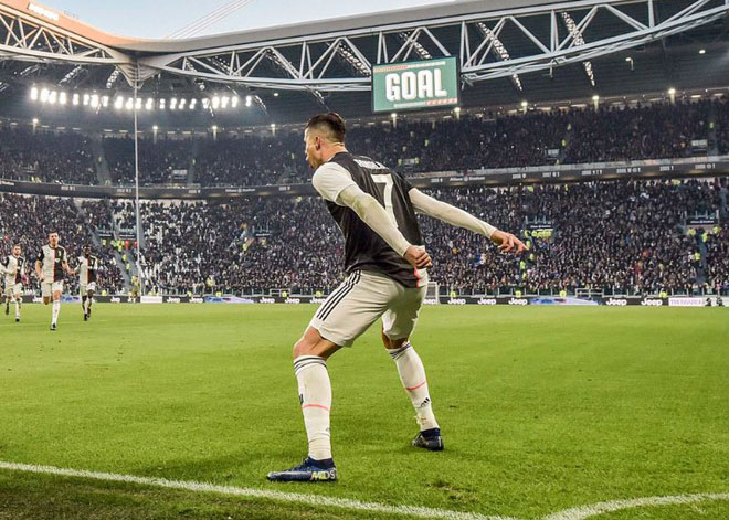 Cristiano Ronaldos goals since he turned 30 years old: Age 30 - 58 Goals Age 31 - 54 Goals Age 32 - 53 Goals Age 33 - 49 Goals Age 34 - 42 Goals Age 35 - 40 Goals (so far) Incredible consistency.